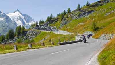 Mit dem Motorrad unterwegs auf der Hochalpenstraße