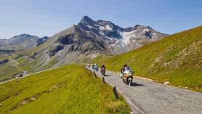 Großglockner: Motorradfahrer auf Tour zur Edelweißspitze