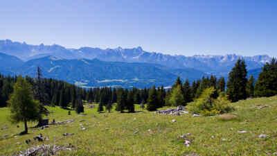 Die Landschaft um die Villacher Alpenstraße